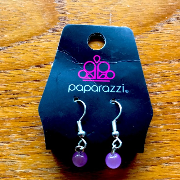 Paparazzi Earrings, lavender stone